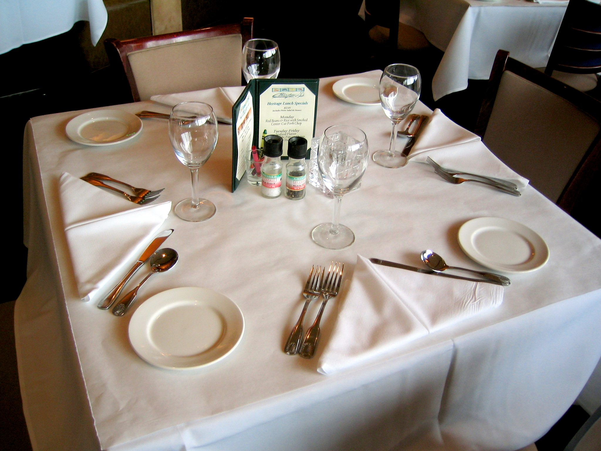 table-setting-1-1481654